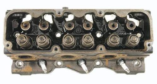 Truck Engine Cylinder Head