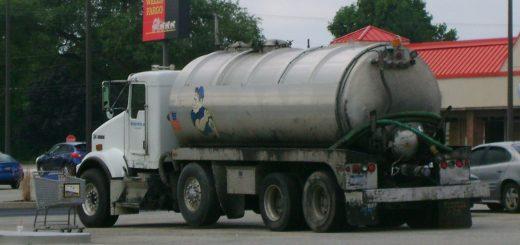 2007 Kenworth T800 Vacuum Truck