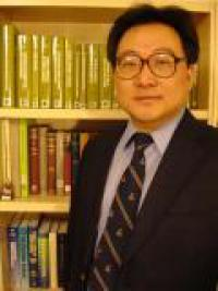 Inventor Jinhong Zhang associate professor of mining and geological engineering in the University of Arizona, College of Engineering