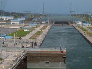 Photograph taken February 1, 2018 of construction of Atlantic Bridge