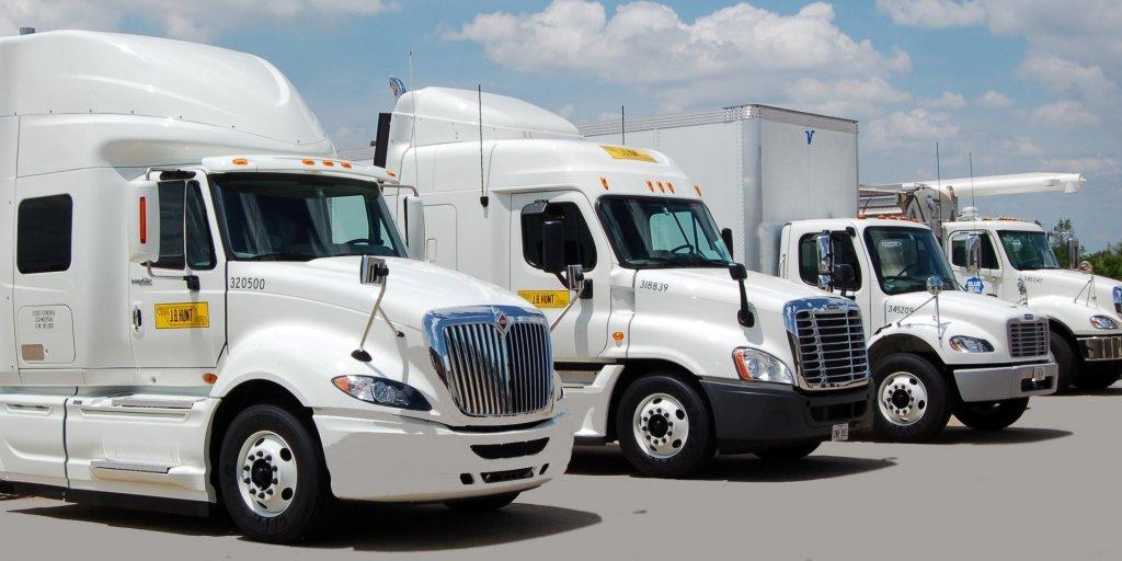 J.B. Hunt Recognizes 77 Safe Truck Drivers, 77 J.B. Hunt Truck Drivers Recognized for Safe Miles