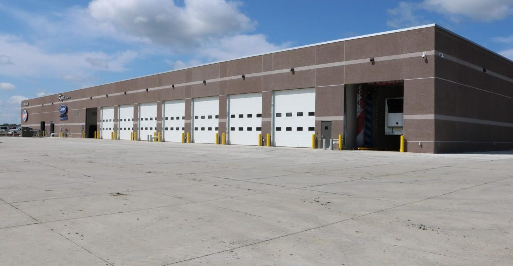 Keizer Refrigeration, Mid-States Utility Trailer Sales opens new Sioux City facility