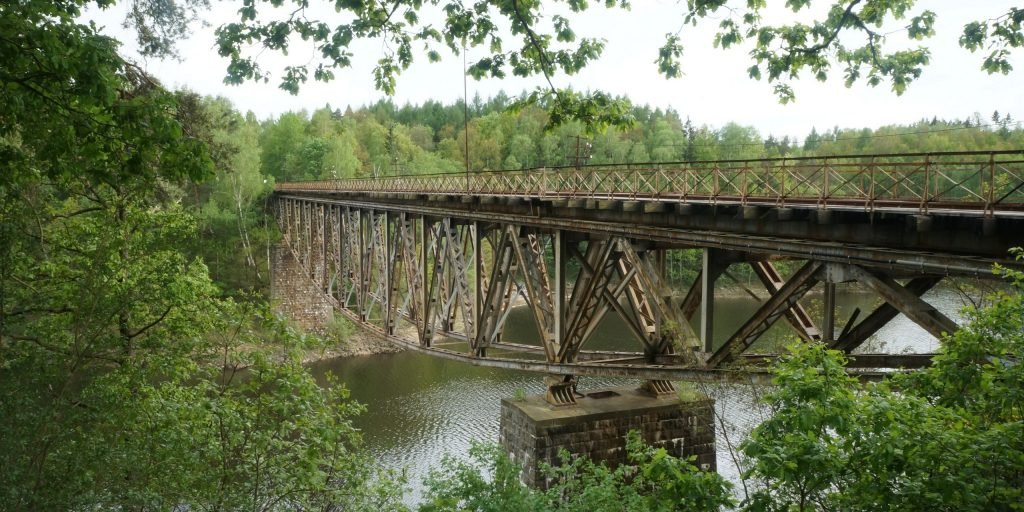 The American Road & Transportation Builders Association (ARTBA) analysis of the recently-released U.S. Department of Transportation 2018 National Bridge Inventory (NBI) database reveals 47,052 bridges are classified as structurally deficient and in poor condition.