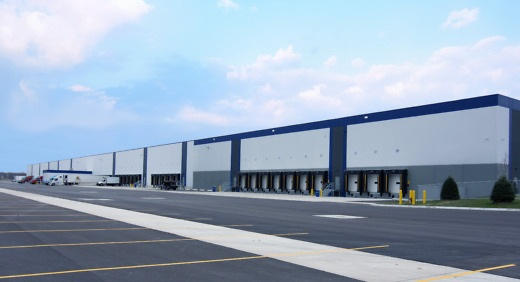 Penski Logistics recently celebrated the grand opening of its 606,000-square-foot, build-to-suit standard freezer-cooler distribution center in Romulus, Mich.