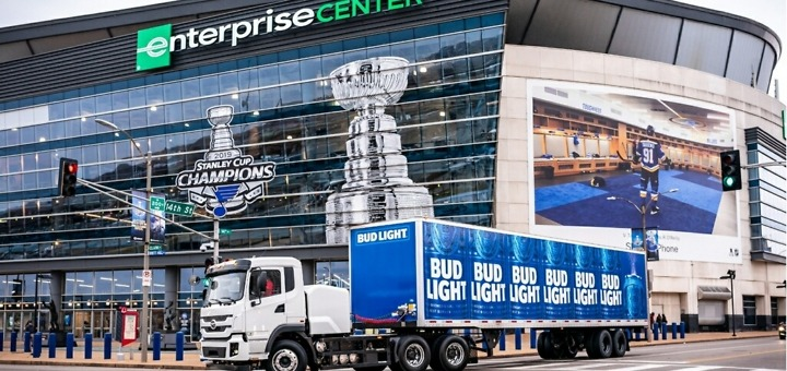 Anheuser-Busch, Byd Auto Electric Trucks, Anheuser-Busch soon will deploy 21 battery-electric trucks in California to showcase economic and environmental sustainable warehousing and distribution technology for fleets, according to industry reports