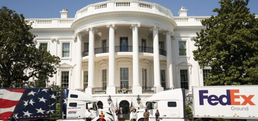White House Honors Truck Drivers During Coronavirus