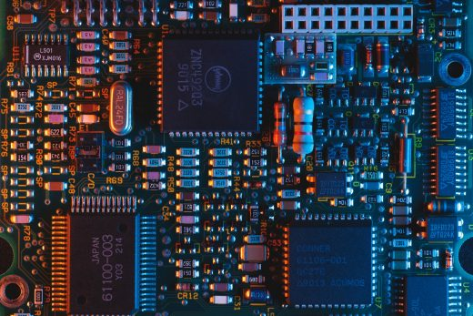 PCB circuit board of electronic device - Photo by Umberto on Unsplash